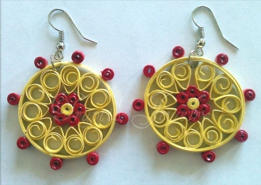 floral-quilled-earrings