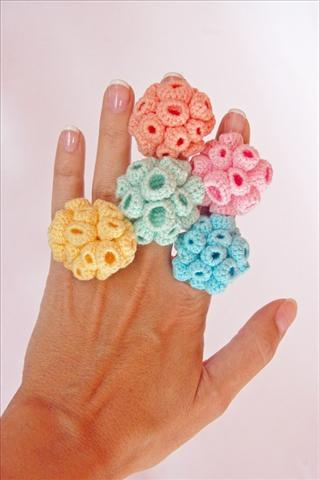 Crocheting Rings : Pics Photos - Crochet Ring Patterns And Ideas For Beginners