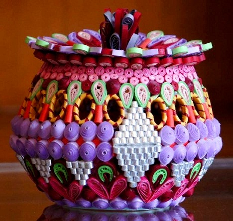 Amazing paper quilling patterns and designs life chilli - Paper Quilling Box And Vase Designs By Maninder Marwaha