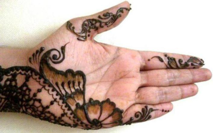 This Is A Simple Mehndi Design And Anyone Can Draw Designs With