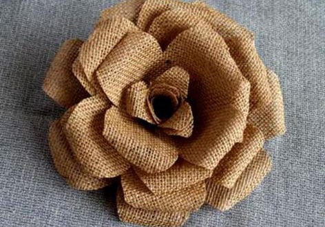 burlap-flower-making